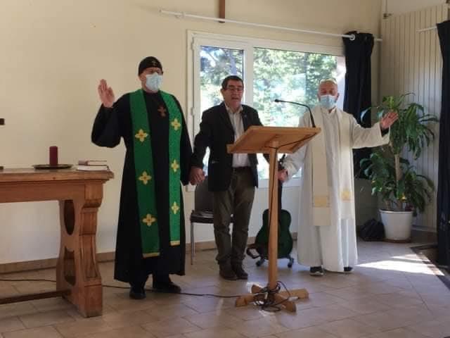 orthodoxe, pasteur et prêtre réunis